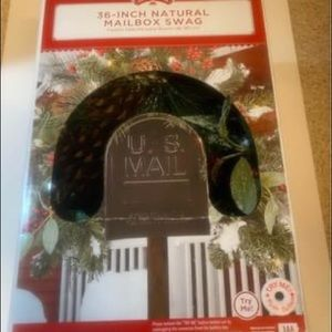 Christmas Garland Lighted Mailbox